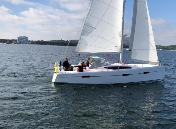 Autumn sailing with VIKO S 35